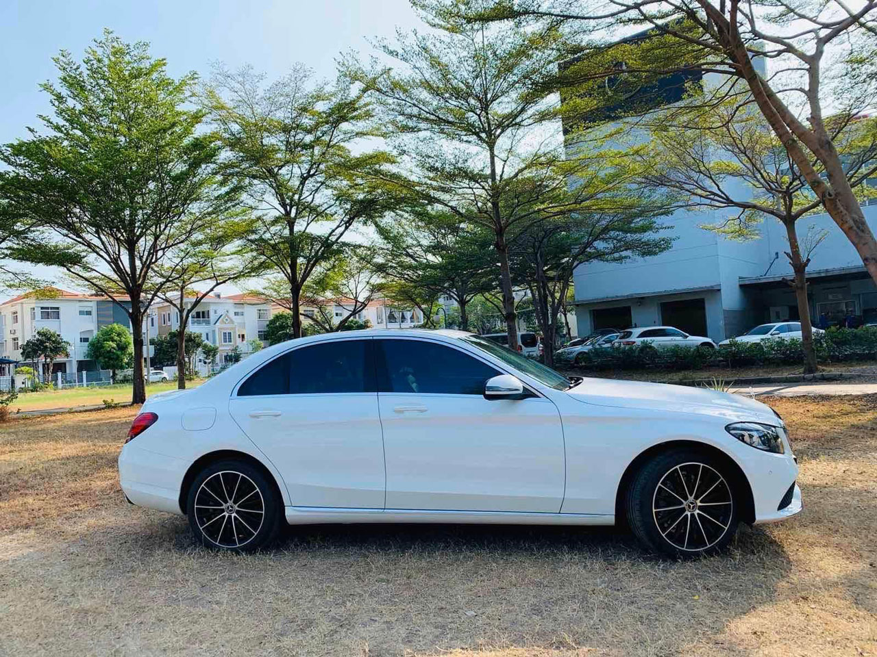 mercedes c200 exclusive ngoai that 6