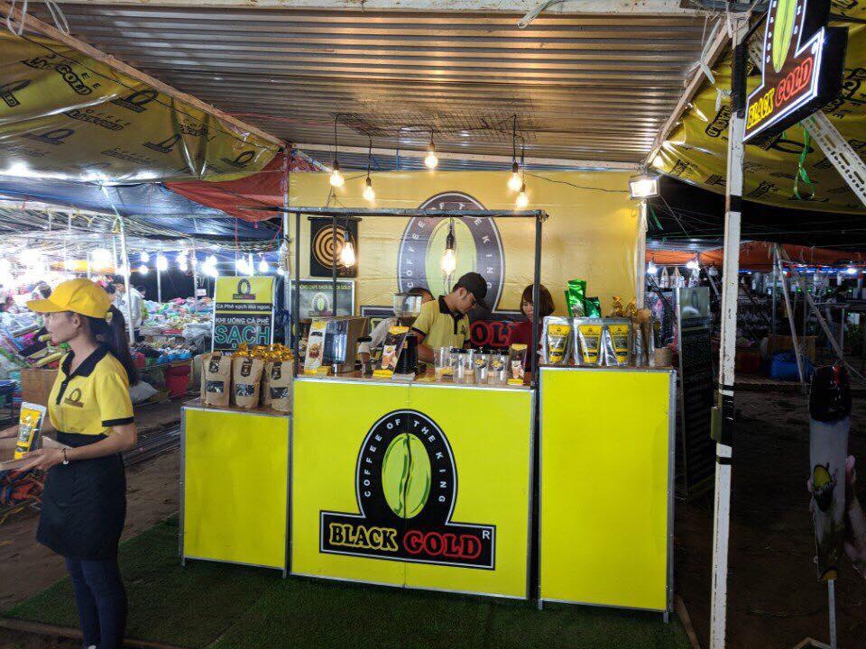Cà phê Sữa bọt tuyết Black Gold 100% hạt cà phê tại hội chợ nam sông hậu