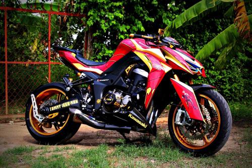 Kawasaki Z100 Phiên Bản IronMan Việt cây nhà lá vườn