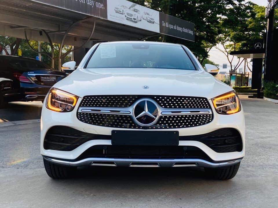 mercedes glc 300 coupe ngoai that 1