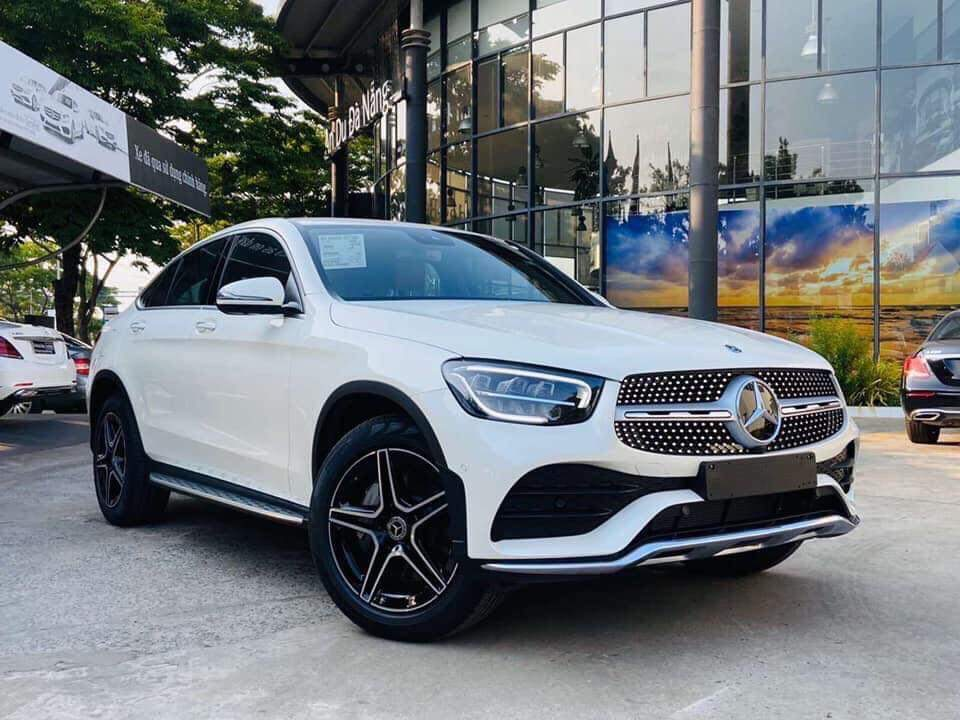 mercedes glc 300 coupe ngoai that 2