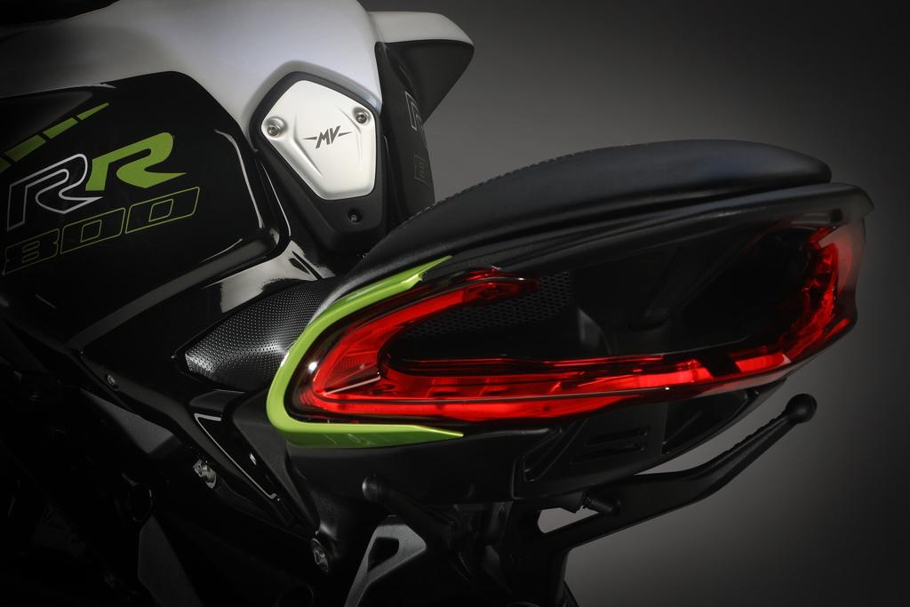 2020 mv agusta dragster 800 rr scs details set 2 12